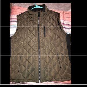 Jackets & Blazers - 1 hr sale🚨Like new! Puffer vest